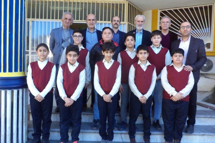 دانش آموزان پایه ششم موفق به کسب رتبه اول تا چهارم مرحله اول المپیاد علوم نوجوانان ایران شدند