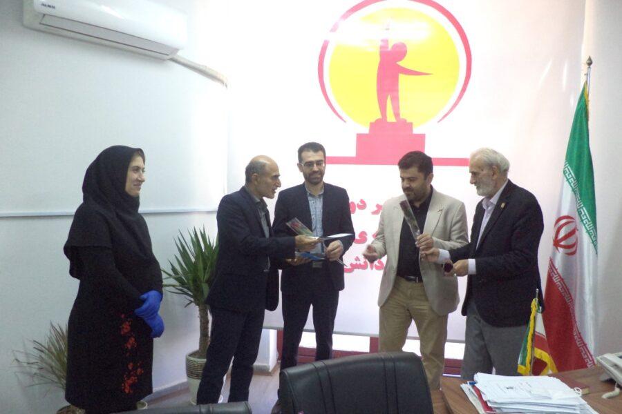 انتخاب شایسته معلمان دبستان فروغ دانش به عنوان معلم برتر شهر آمل و استان مازندران